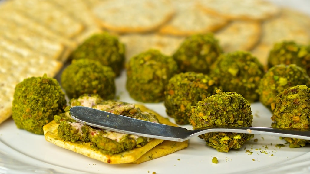 Moringa Pistachio Lemon Cheese Balls