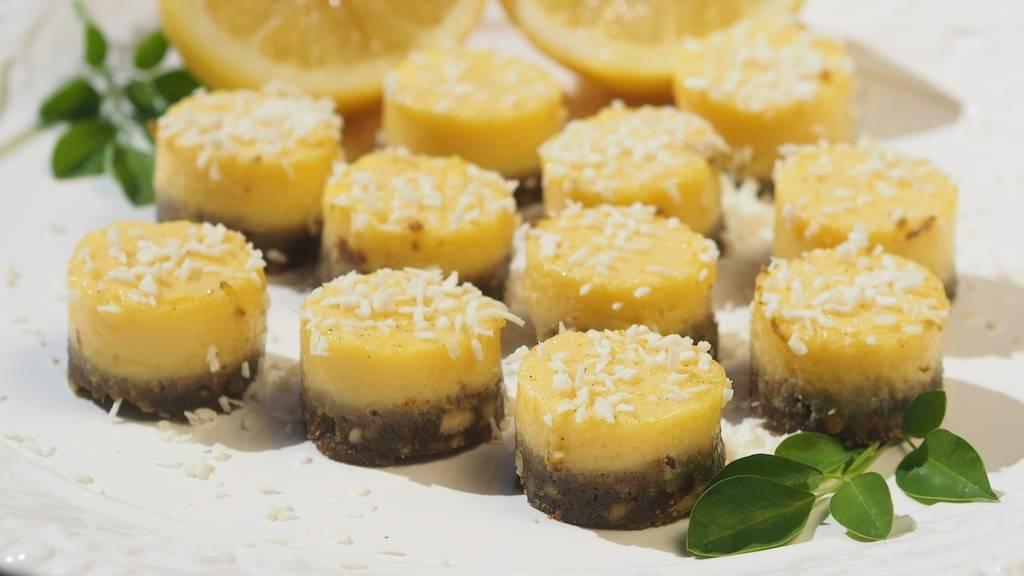 Moringa Lemon Bars