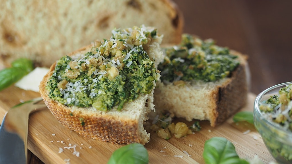 Moringa Basil Walnut Pesto