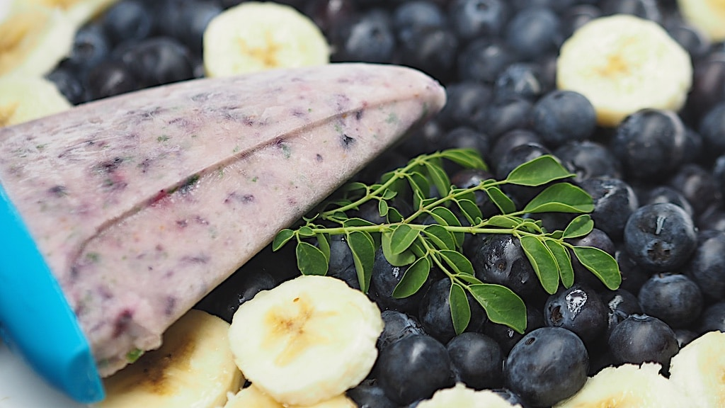 Banana Blueberry Moringa Popsicle